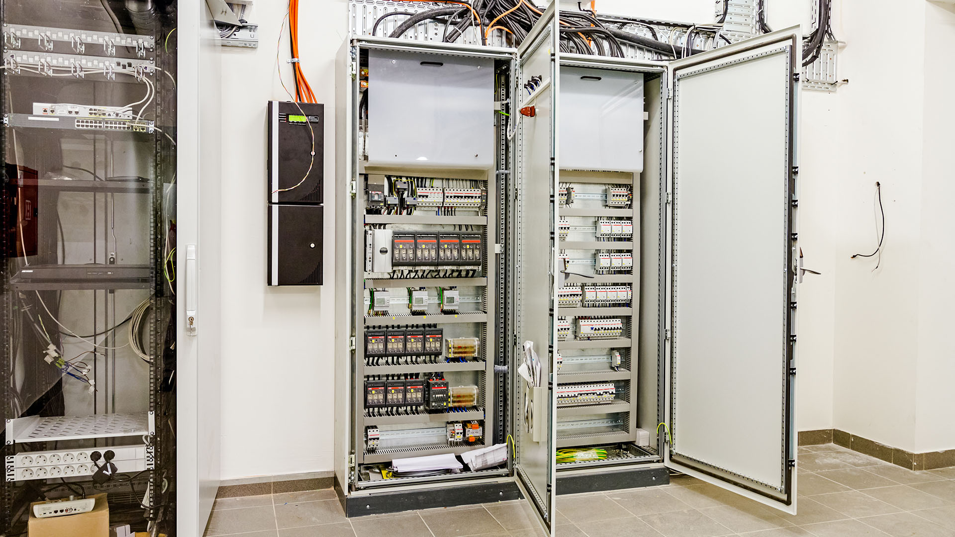 image-switchgear3